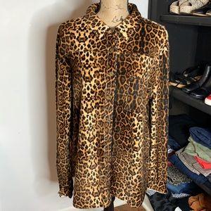Umgee Cheetah Print Top, size large